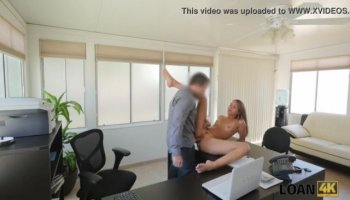 MILF stepmom showing some tricks in this threesome