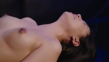 Sweetheart mesmerises a thick pecker with sucking